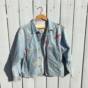 "VINTAGE Jordache ""Patches"" Denim Jacket - Size M"